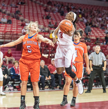 Arkansas Lady Razorbacks guard Malica Monk (3) drives to the basket during a basketball game between Arkansas and Sam Houston State on Friday, November 11, 2016.  (Alan Jamison, Nate Allen Sports Service)