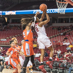 Arkansas Lady Razorbacks guard Briunna Freeman (12) shoots during a basketball game between Arkansas and Sam Houston State on Friday, November 11, 2016.  (Alan Jamison, Nate Allen Sports Service)