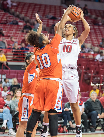 Arkansas Lady Razorbacks forward/center Kiara Williams (10) shoots during a basketball game between Arkansas and Sam Houston State on Friday, November 11, 2016.  (Alan Jamison, Nate Allen Sports Service)