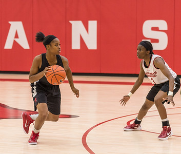 Jordan Danberry at point during practice at the Women's Basketball Media Day at the new Basketball Performance Center at the University of Arkansas.  (Alan Jamison, Nate Allen Sports Service)