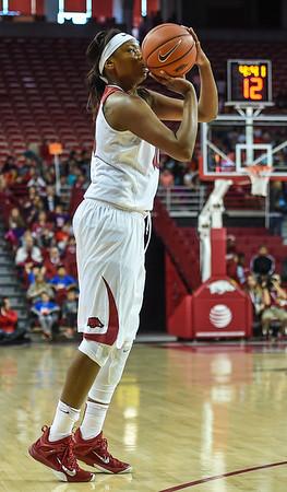 Arkansas Lady Razorbacks forward Jessica Jackson (00) shoots during a basketball game between Arkansas and Southeastern Louisiana on November 13, 2015.    (Alan Jamison, Nate Allen Sports Service)