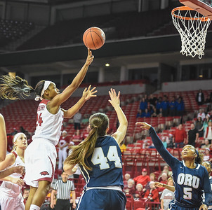 Arkansas Lady Razorbacks guard Jordan Danberry (24) shoots during a basketball game between Arkansas and Oral Roberts on December 10, 2015.    (Alan Jamison, Nate Allen Sports Service)