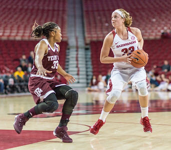 Arkansas Lady Razorbacks forward Melissa Wolff (33) looks to shoot during a basketball game between Arkansas and Texas A&M on January 7, 2016.    (Alan Jamison, Nate Allen Sports Service)