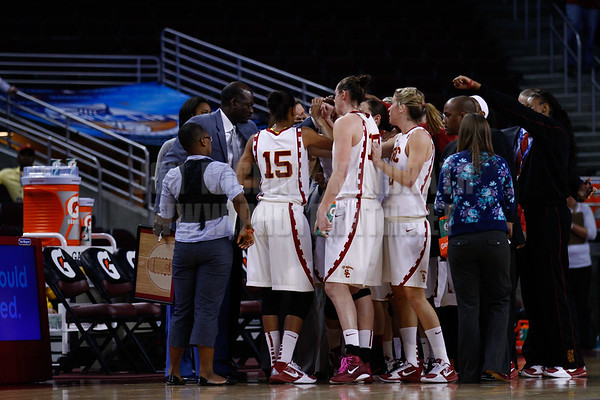 Pac-10 Tournament Round 1 - Cassie Harberts leads USC with 31 points to a victory over WSU (78-66)<br /> WBKvWSU_Pac10T_030911_Kondrath_0104