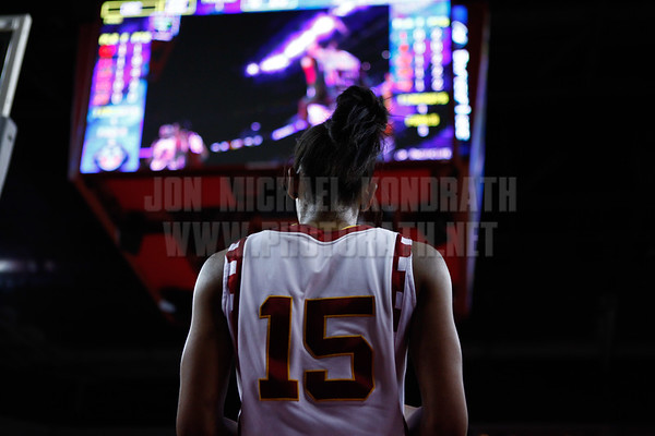 Pac-10 Tournament Round 1 - Cassie Harberts leads USC with 31 points to a victory over WSU (78-66)<br /> WBKvWSU_Pac10T_030911_Kondrath_0407