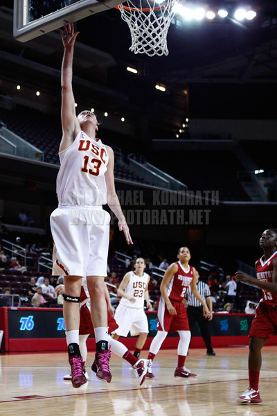 Pac-10 Tournament Round 1 - Cassie Harberts leads USC with 31 points to a victory over WSU (78-66)<br /> WBKvWSU_Pac10T_030911_Kondrath_0455