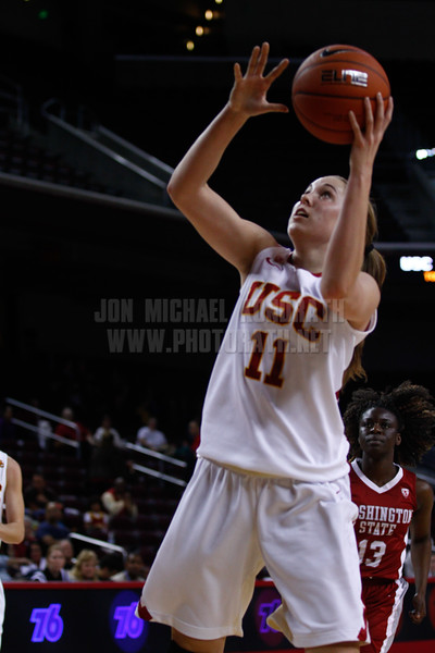 Pac-10 Tournament Round 1 - Cassie Harberts leads USC with 31 points to a victory over WSU (78-66)<br /> WBKvWSU_Pac10T_030911_Kondrath_0468