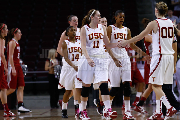 Pac-10 Tournament Round 1 - Cassie Harberts leads USC with 31 points to a victory over WSU (78-66)<br /> WBKvWSU_Pac10T_030911_Kondrath_0897