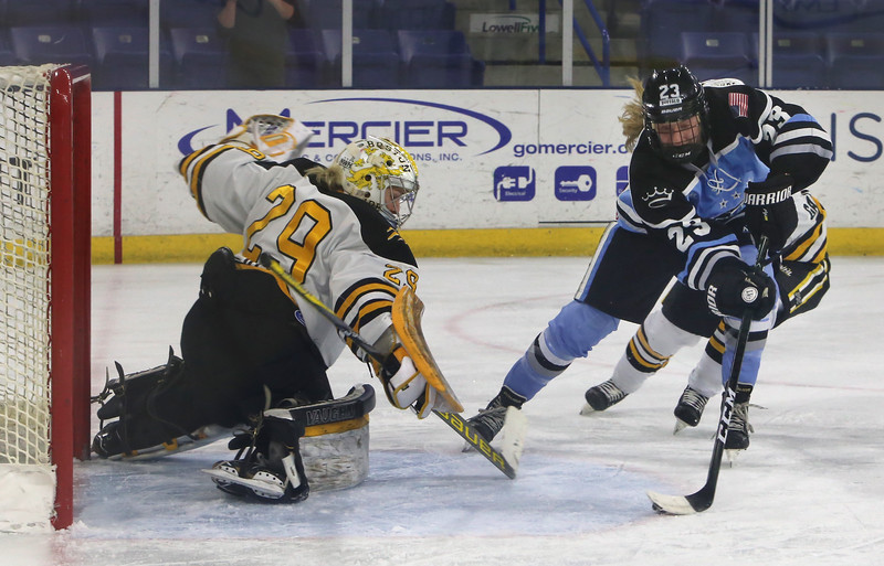 Boston Pride vs Buffalo Beauts in Isoble Cup final for the National Women's Hockey League championship. Beauts' Corinne Buie (23), about to score on Pride goalie Brittany Ott to give the Beauts a 3-0 lead in the second period. (SUN/Julia Malakie)