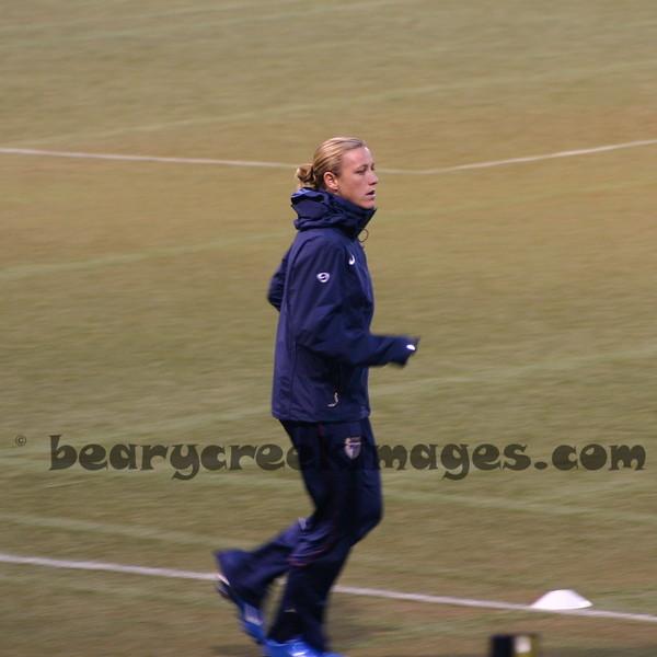 Abby Wambach warming up