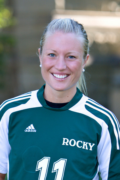 #11 Anna Clark<br /> Senior – Forward  <br /> Hudiksvall, Sweden – Broman HS<br /> Business<br /> Peter and Elisabeth Clark