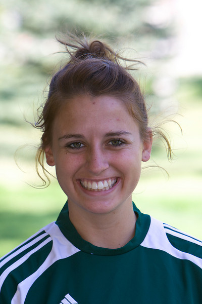 #5 Marissa Peters<br /> Freshman – Midfielder <br /> Fremont, CA – Irvington HS<br /> Alan and Diana Peters<br /> Exercise Science
