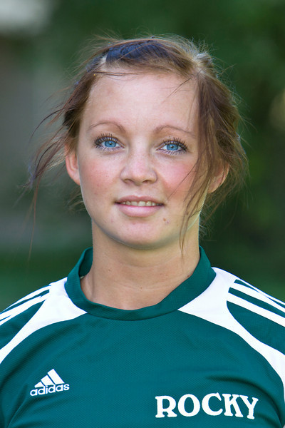 #6 Sofie Johansson<br /> Sophomore – Midfielder  <br /> Malmo, Sweden – Malmo HS<br /> Physical Education<br /> Eva and Kenneth Johansson