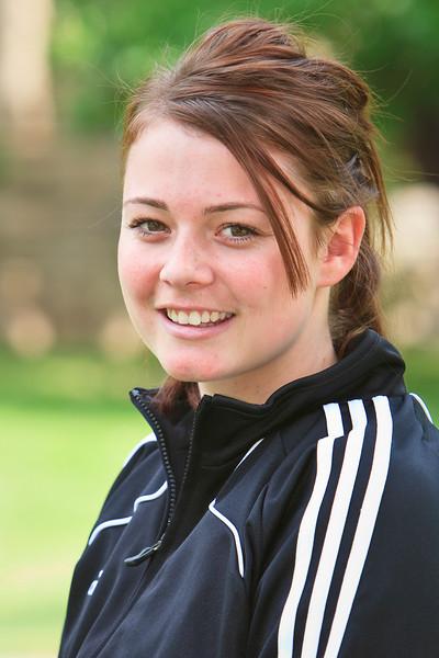 #8 Erin Sutherland-Evans<br /> <br /> Position: Defense<br /> Class: Junior<br /> Hometown: Adelaide, Australia<br /> Previous School: Thomas More College<br /> Parents: Christine Evans