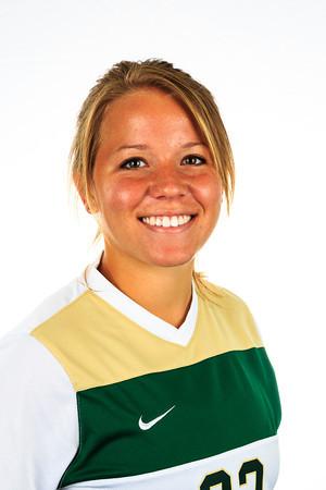 #22 Shelby Wallach<br /> Position: Defender<br /> Class: Senior<br /> Hometown: Antoich, CA
