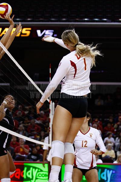 USC Women's Volleyball vs Oregon State 10/22/2010