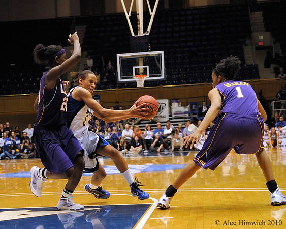 Jasmine Thomas (5) drives to the basket in the second half of the Women's NCAA Regional Championship.<br /> <br /> Cameron Indoor Stadium<br /> <br /> Duke University<br /> <br /> March 22, 2010