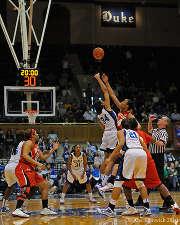 100221 Duke vs Maryland WBB002, tip off