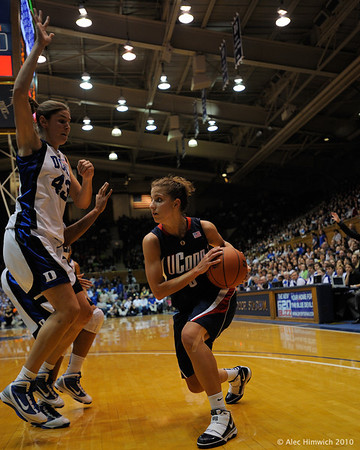 Alliison Vernerey (43) guarding Caroline Doty (5).