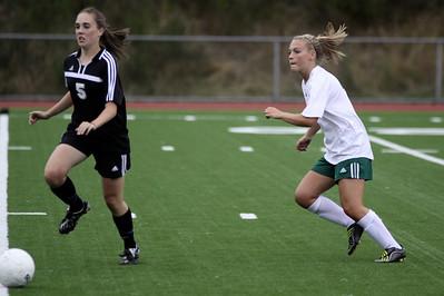 Woodinville High School Junior Varsity Girls Soccer, 2009  ©Neir