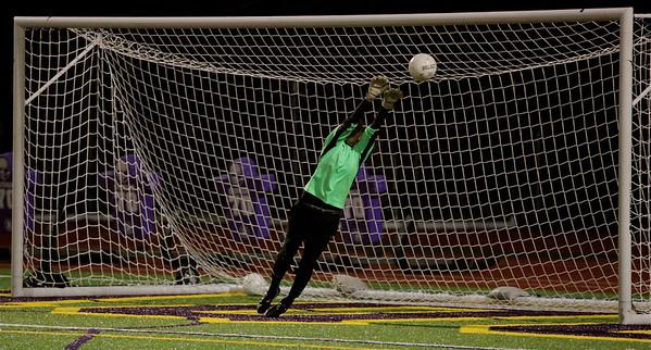 Molly Stinson,  Woodinville High Girls Varsity Soccer verse Issaquah High October 6, 2011   ©Neir