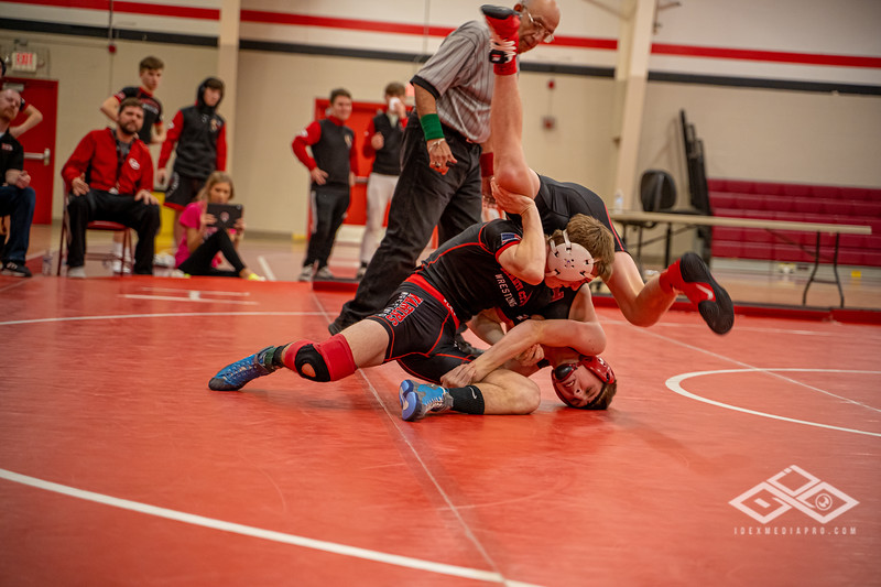 Wrestling at Granite City-08990