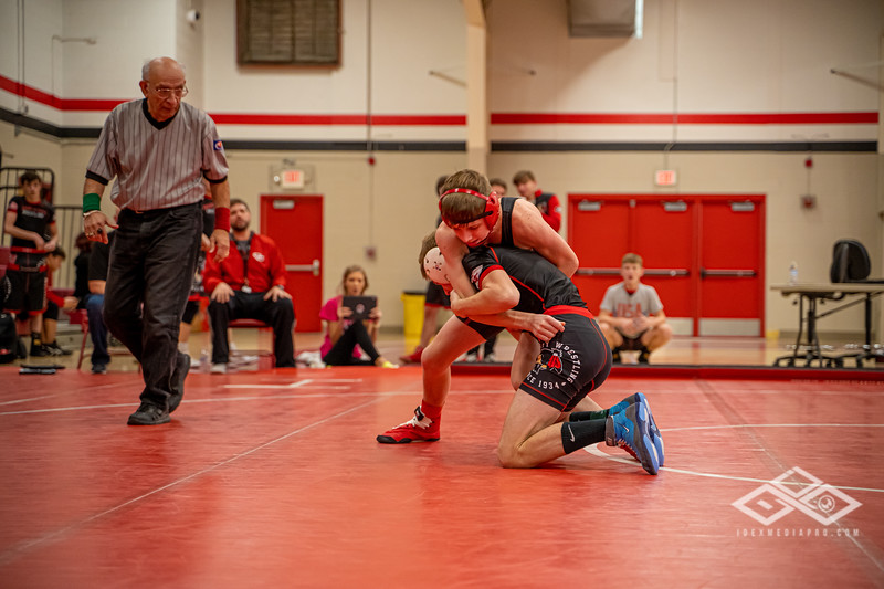 Wrestling at Granite City-08985