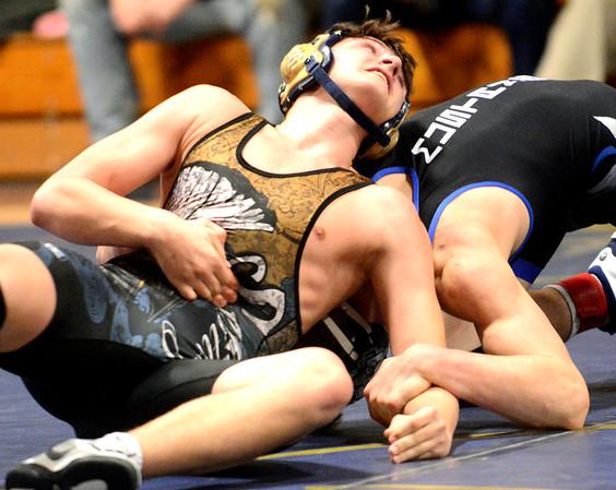 0208 con-gv wrestling 13