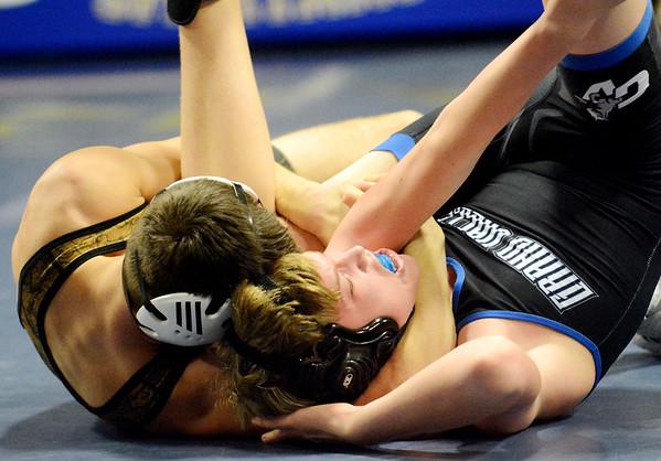 0208 con-gv wrestling 19