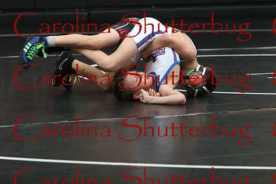 170118Wrestling action at HHS-20