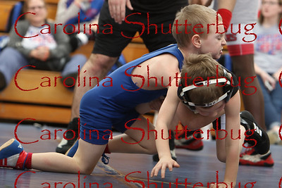 170118Wrestling action at HHS-15
