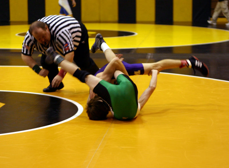 Colin going for the pin