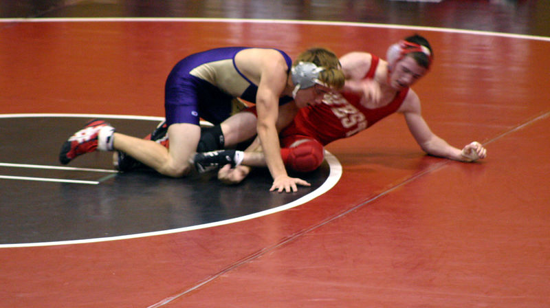 Nolan keeping control of his opponent