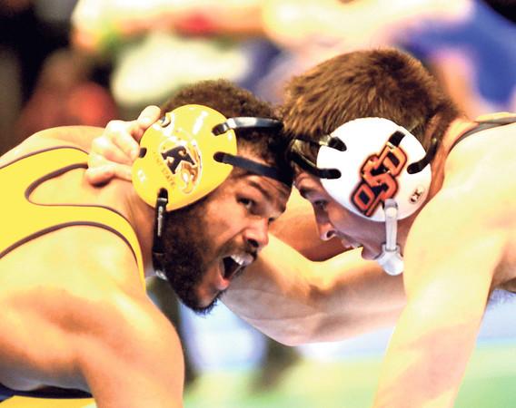 0316 ncaa wrestling 5