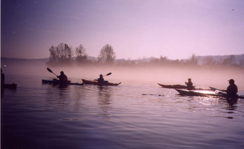 Paddling the morning mist by Ohio River islands
