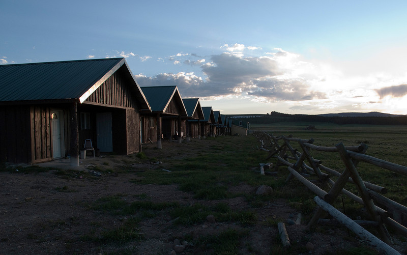 Elk View Cabins at sunset