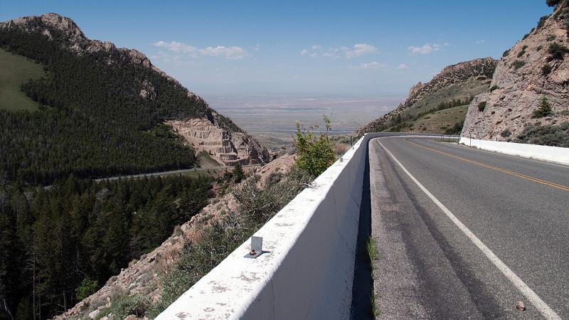 10% grade descending 5,000+ feet into Big Horn Basin