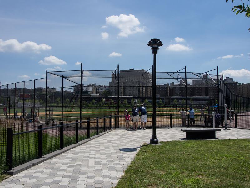 Macombs Dam Park
