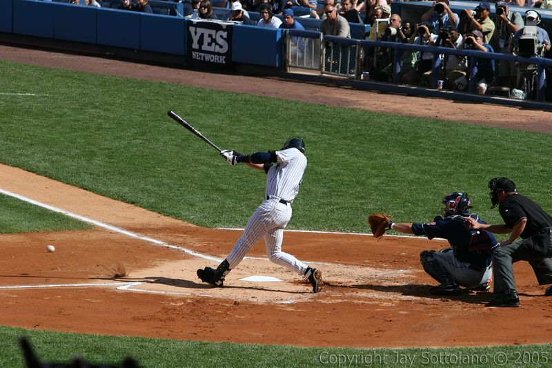 Derek Jeter grounds out (ball and dirt in front of left foot)