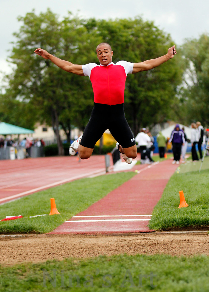 Eaton's Austin Ekeler flies to a 3A second place in long jump at the State tournament