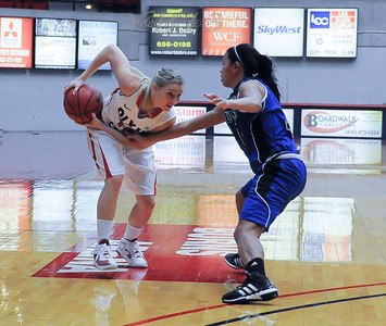 CSUSM vs DIXIE STATE WOMENS BASKETBALL 12-18-11