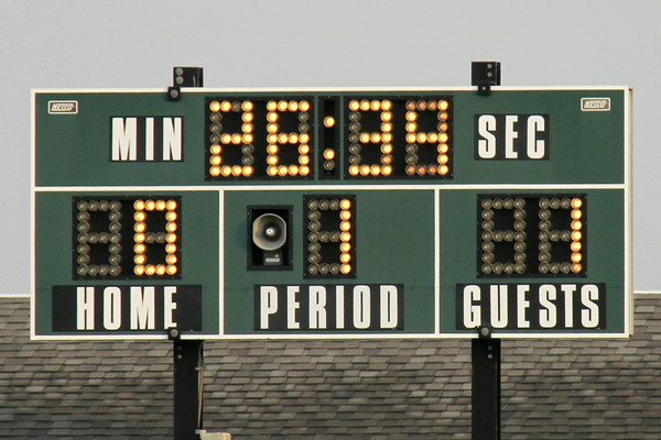 13 minutes into the first half score