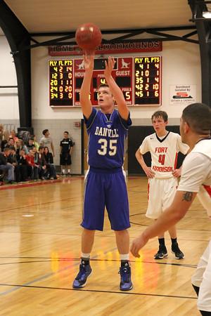 Danville's Kaleb Haeffner (#35) and Fort Madison's Camden Chrisman (#4)