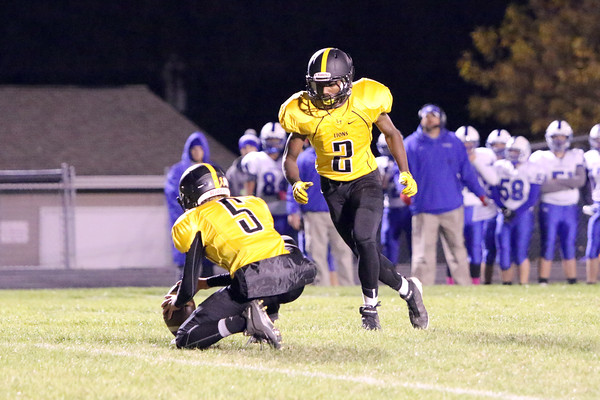Lone Tree's Trey Pierson (#5) and Jovonte Squiers (#2)