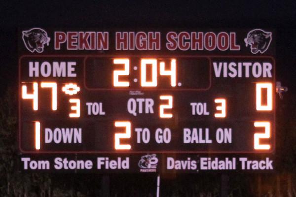 Pekin scores a touchdown