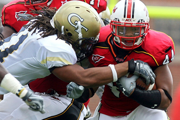 Maryland senior running back Lance Ball tries to avoid a Georgia Tech defender during the Terrapins' 28-26 victory over the Yellow Jackets at Byrd Stadium in College Park on Saturday, Oct. 06, 2007. Chris Ammann/Examiner