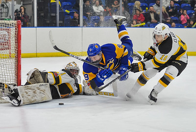 The Saskatoon Blades host the Brandon Wheat Kings at the Sask Tel Centre Saskatoon, Saskatchewan, Canada, November 17, 2017