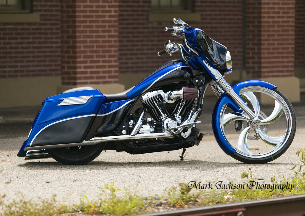 custom bagger with a 26 and sweet paint job