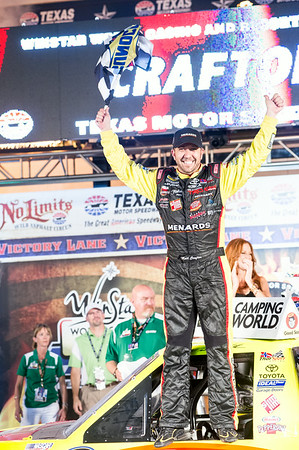 Victory lane photo: #88 Matt Crafton wins the WinStar 550