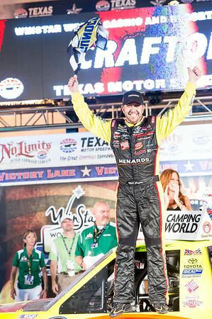 Victory lane photo: #88 Matt Crafton wins the WinStar 550